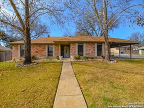 Property for sale at 2401 Trails End, Kerrville,  TX 78028